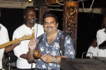 Tamarind Dhow - Mansur joins the band